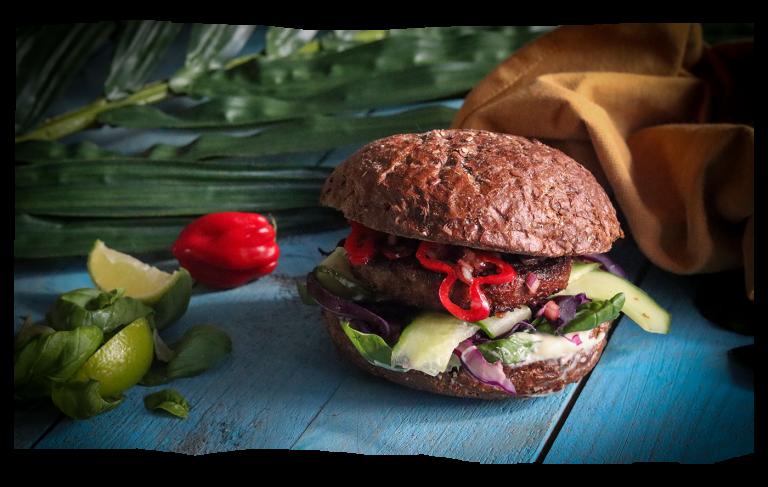 Smokey Jackfruit Burger Mexicano
